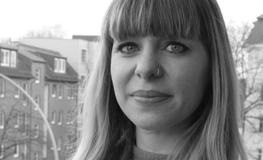 Kamerafrau Monika Plura